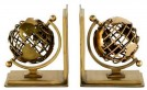 Ashtrays / globes / bookends